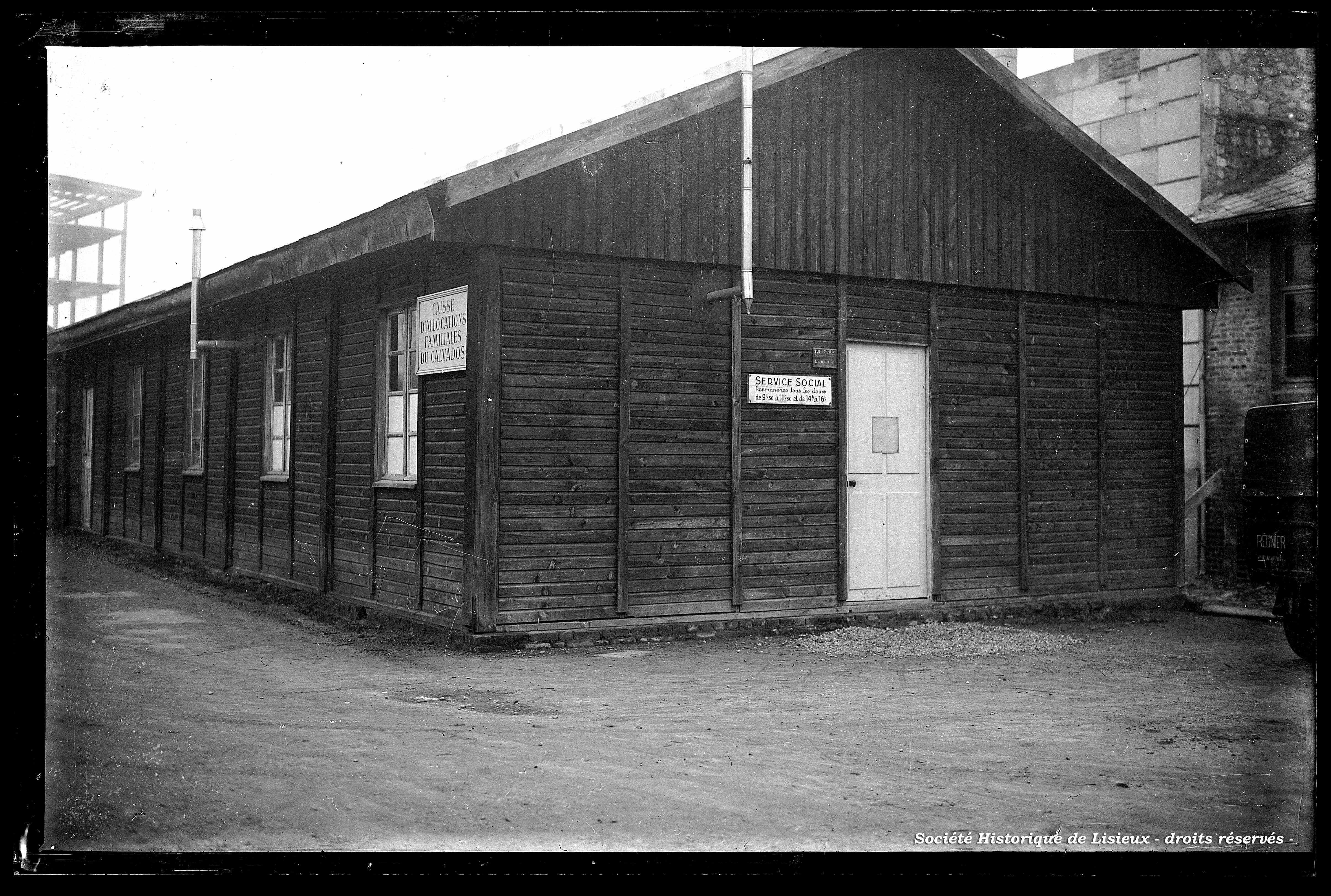 Baraquement de la Caisse d'Allocations Familiales du Calvados