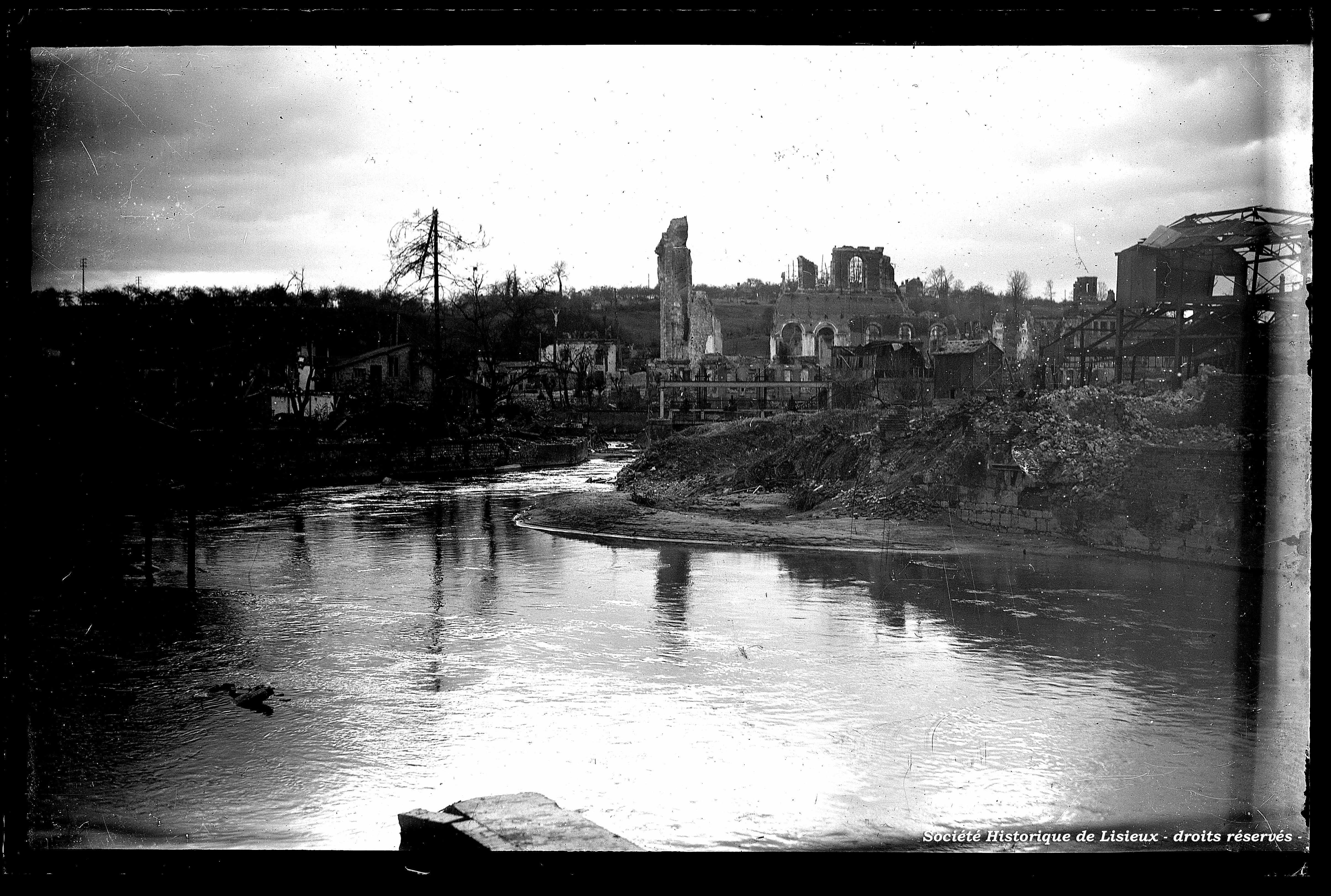 La Touques et l'église de Saint-Désir détruite